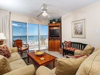 GD 303: - This delightful unit is rental ready !! FREE BEACH SERVICE INCLUDED