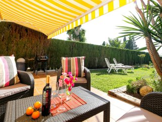 Beautiful townhouse with garden, BBQ and lovely views