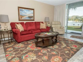 Dolphin Point Condominium 103B