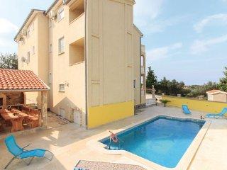 Apartment 13505