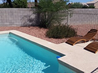 3 BR Home w/ Pool Heater, Near AZ Cardinals Arena