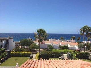 Beautiful 2 Bedroom Villa. Heated Communal Pool. Golf Del Sur, San Blas |SANMIG