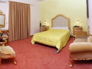 Paradice Hotel Luxury Suites 7