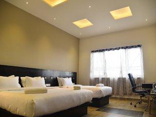 QUEENS INN -BEDROOM 2, vakantiewoning in Nagapattinam District