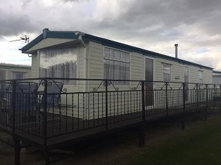 #8 BERTH CARAVAN 3 BEDROOM TP49