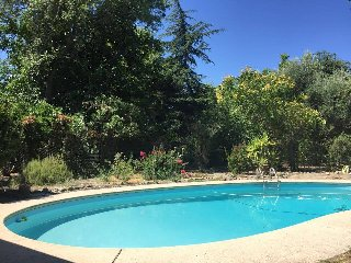 3 Bedroom Peaceful & Private Guest House in Redding - 1 night stay is ok!