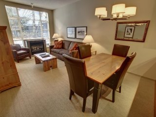 Ski-In 1 Bedroom Condo with Private Balcony + Fireplace | Pool Access