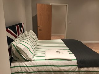 #6 (ONE BEDROOM) MILTON KEYNES SERVICE APARTMENTS