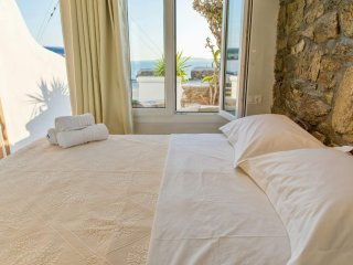 Deluxe brand new studio for 3-4 people villa elina