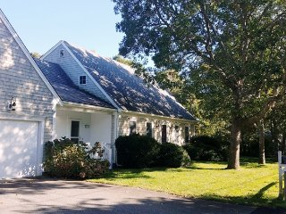 29 Ginger Plum Lane Harwich Port Cape Cod - The Last Resort