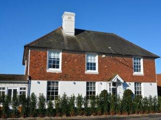 BT043 House in Hurst Green
