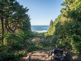 Charming Beverly Beach Home equipped with a hot tub and ready for you!