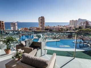 Modern apartment in an exclusive development w. sea views in Poniente, Benidorm!