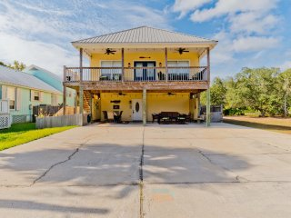 Dream Fisher Three / 3BR 2BA Beach House / Pet Friendly / Now Booking!