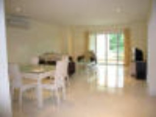 143 sq meter 2 bedrooms 2 bath room Condo 200 meter from best beach in Pattaya