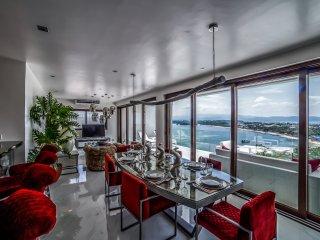 Den Pasar Boracay 13BR Luxury Villa