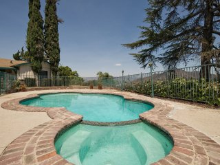 Large- Private Hollywood HIlls Home-  - Pool - Panoramic Views - Private Hill