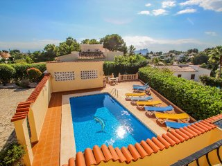Simon - pretty holiday property with private pool in Benissa