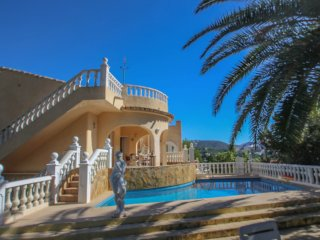 Leila - holiday home with private swimming pool in Moraira