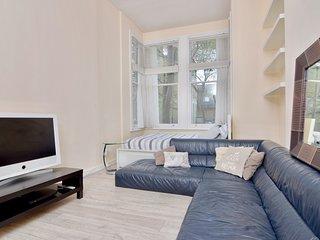 Spacious 1 bedroom Flat in West Kensington