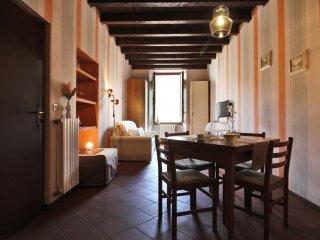 Confortable Apartment Cavour Square - Salo