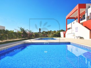SUPERB APARTMENT TASTEFULLY FURNISHED WITH POOL,AIR CON & FREE WI-FI