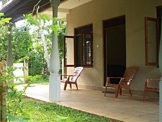 Residence Kuruniyavilla Apartment ( 4 Guests )