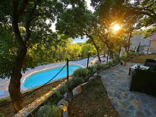 Stone villa with pool in privacy, near Zadar for rent