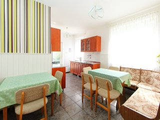 House 48 m from the center of Balatonbereny with Parking, Terrace, Garden
