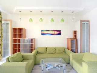 Lux. Two bedrooms. 13 Baseina str. Centre of Kiev