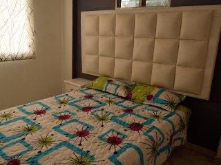 Private 3 Bedroom apartment Parque Lleras