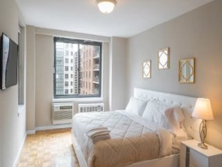 Big 2 Bedroom with balcony view on central park