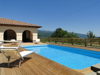 Splendida, new detached villa, private pool, unrivalled views, WIFI,