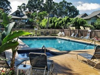 Updated 2BR+Loft Princeville Condo - Walk to Beach