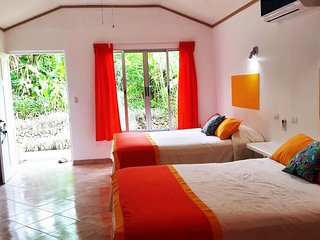 Tropical Paradise: Double Queen Bed Bungalow 2