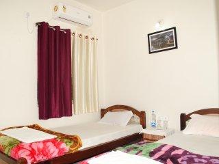 Satiya Guest House, alquiler de vacaciones en Bodh Gaya