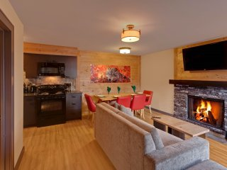 Renovated + Spacious Condo | Base of Tunnel Mountain