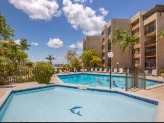 **Summer prices reduced!**Amazing Moon Bay Condo w/Boat Slip & Pool