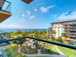 Luxury, waterfront condo w/ ocean view, access to resort pools, hot tubs & more!
