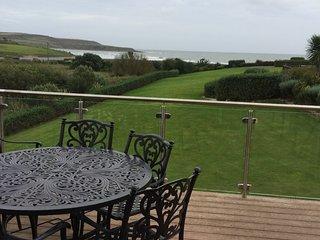 Villa Yeats - New listing Nov 17 ..stunning beach side retreat