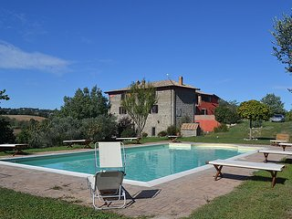 Ranucci Villa Sleeps 22 with Pool and WiFi - 5229456