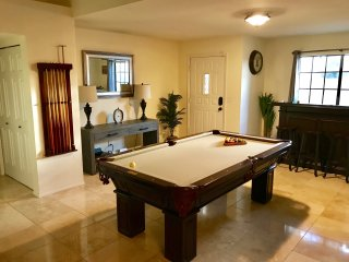 'Santiago Villa' Scottsdale Vacation Home - HEATED POOL & Hot Tub!