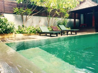 6 bedrooms villa, 5 minutes walk to the beach, Sanur