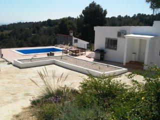 Modern villa with stunning far reaching sea views, Catadau, Valencia
