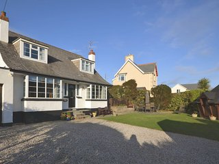 43370 House in Bude