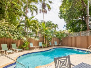Beautiful top-floor room in historic inn w/ a shared pool & a semi-private deck!