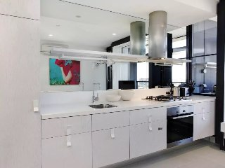 1 Bed 1 Bath Corporate Keys Apt in South Yarra