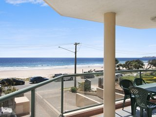 Xavier Dunes 4 - Tugun Beachfront