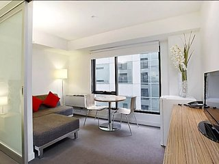 1 Bedroom Apt Corporate Keys St Kilda Rd Residence