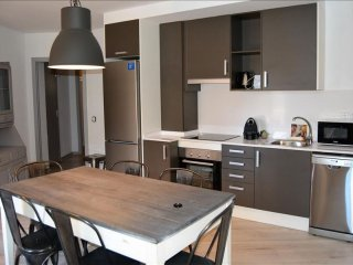Avet 22 apartment in Canillo with WiFi, balcony & lift.